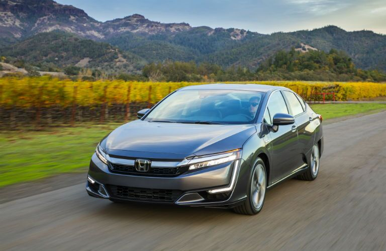 front view of a silver 2019 Honda Clarity Plug-In Hybrid