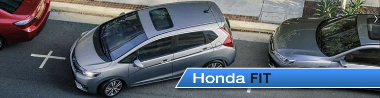 Overhead view of Honda Fit parallel parking