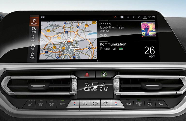 infotainment in 2019 bmw 3