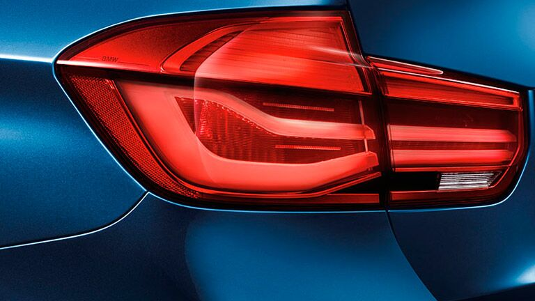2016 BMW 3 Series tail light