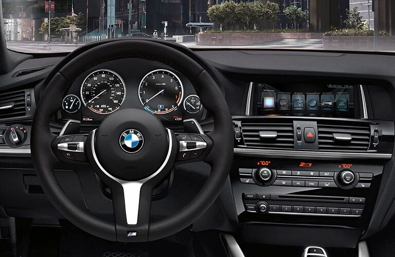 Dashboard view of the 2016 BMW X4