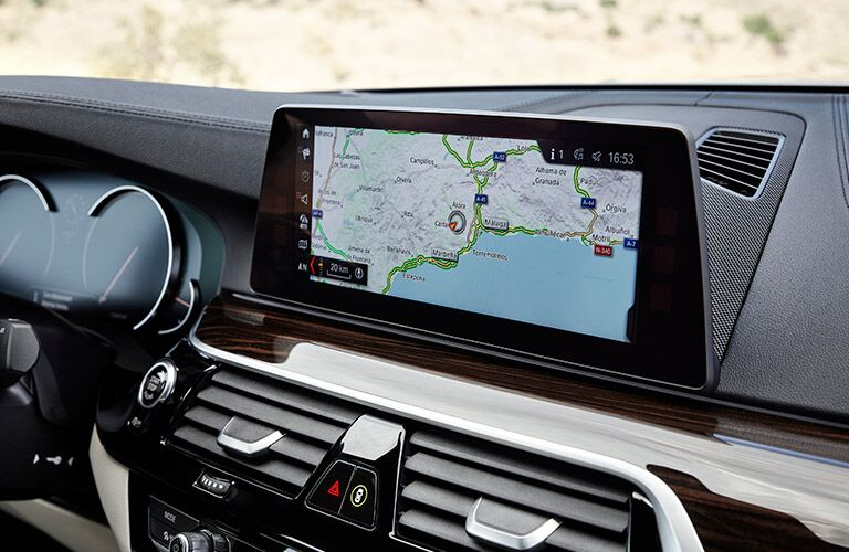 touchscreen infotainment system on the 2017 BMW 5 Series