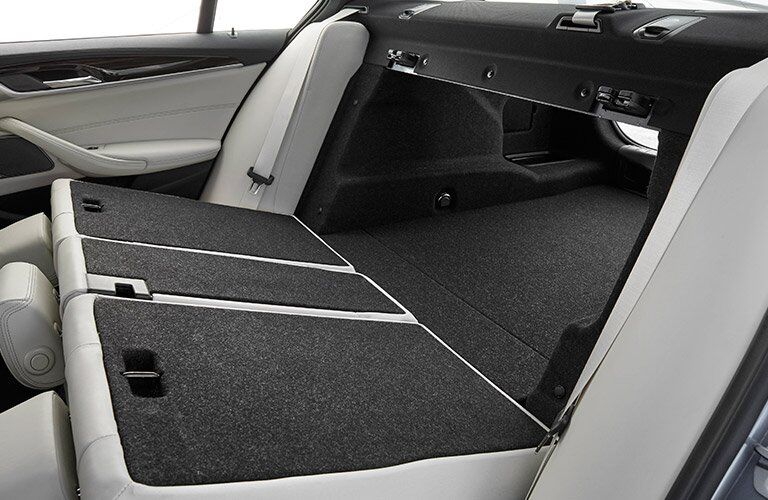 2017 BMW 5 Series rear-folding seats