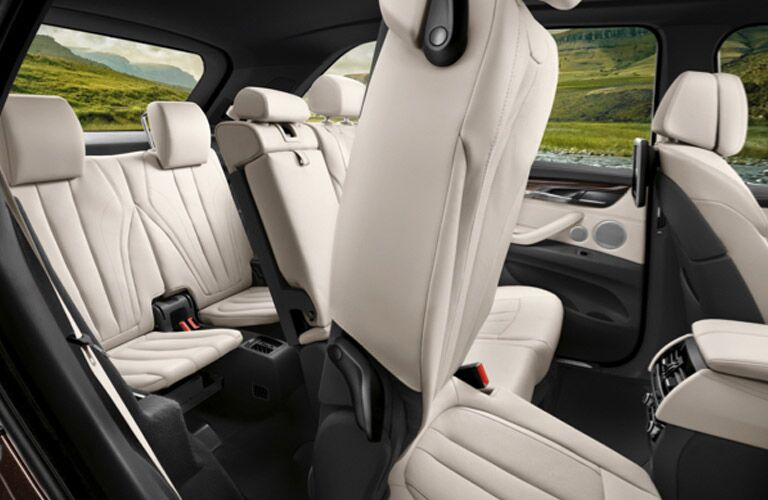 two rows of rear seating in the 2017 BMW X5