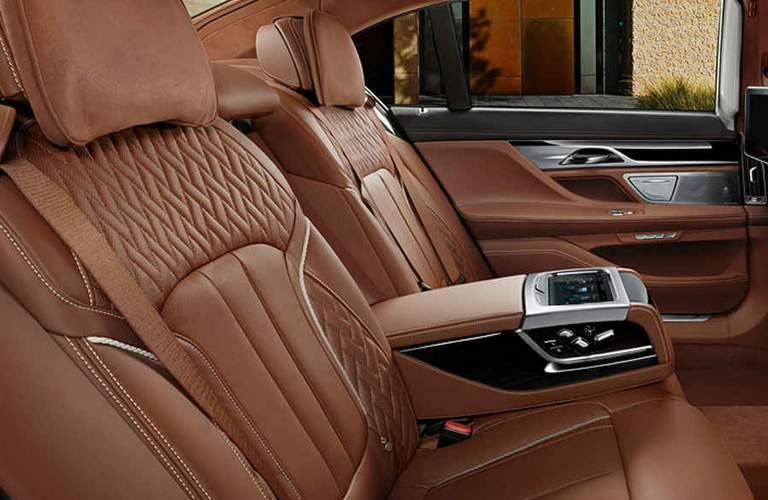 luxurious rear seating in the 2018 BMW 7 Series