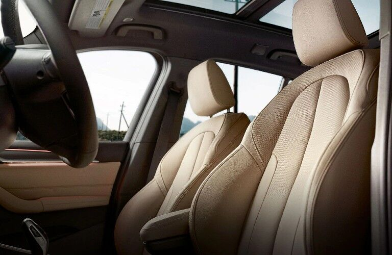 2021 BMW X1 front seats
