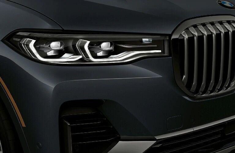 2021 BMW X7 headlights