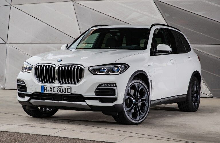 2021 BMW X5 exterior styling in showroom