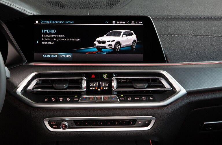 2021 BMW X5 touchscreen