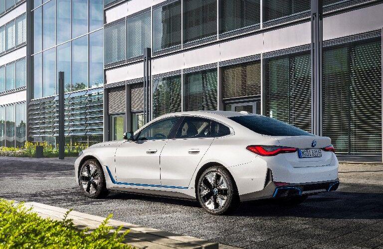 2022 BMW i4 by building