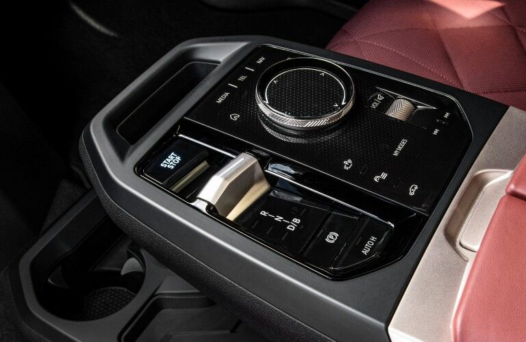 2022 BMW iX center console