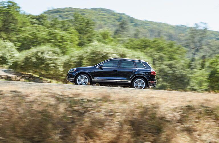 2016 VW Touareg on the trails