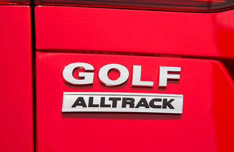 2017 Volkswagen Golf Alltrack branding
