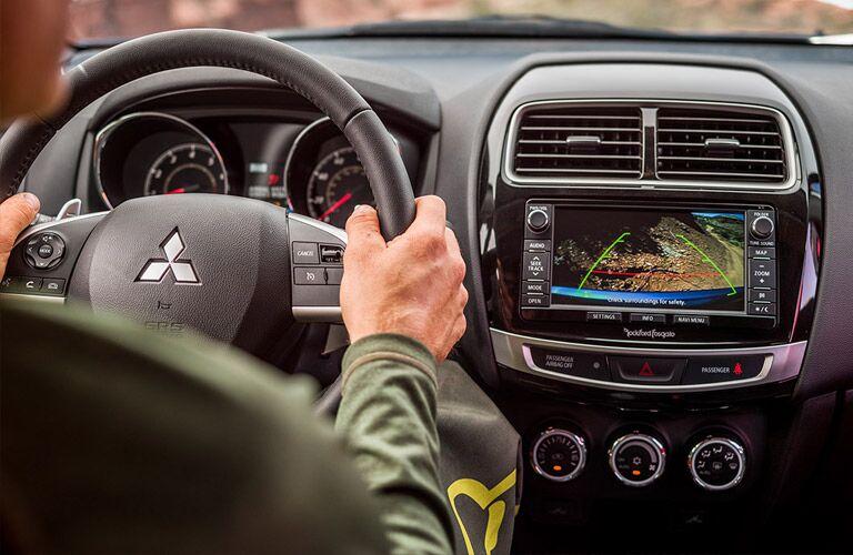 2016 Mitsubishi Outlander Sport SE vs SEL standard features
