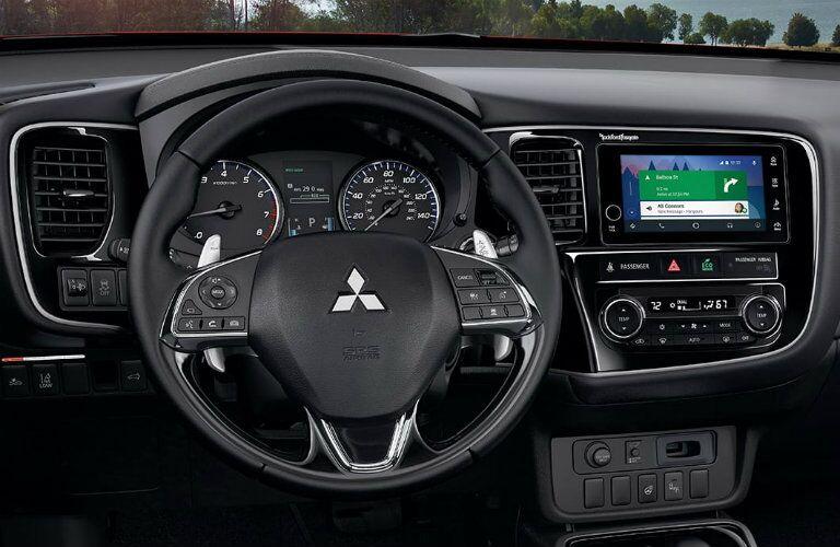 2017 Outlander steering wheel mounted controls