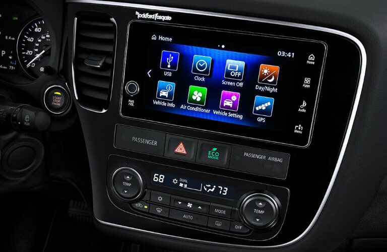 2017 Outlander touch screen display