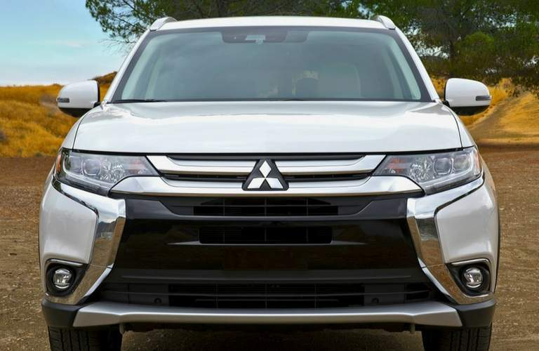 2018 mitsubishi outlander front end