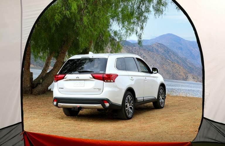 2018 Mitsubishi Outlander exterior rear view from tent