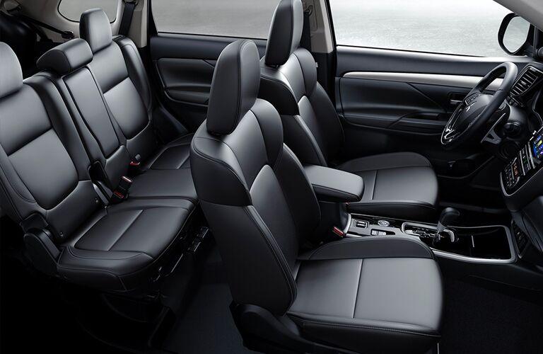 2019 Mitsubishi Outlander seating space