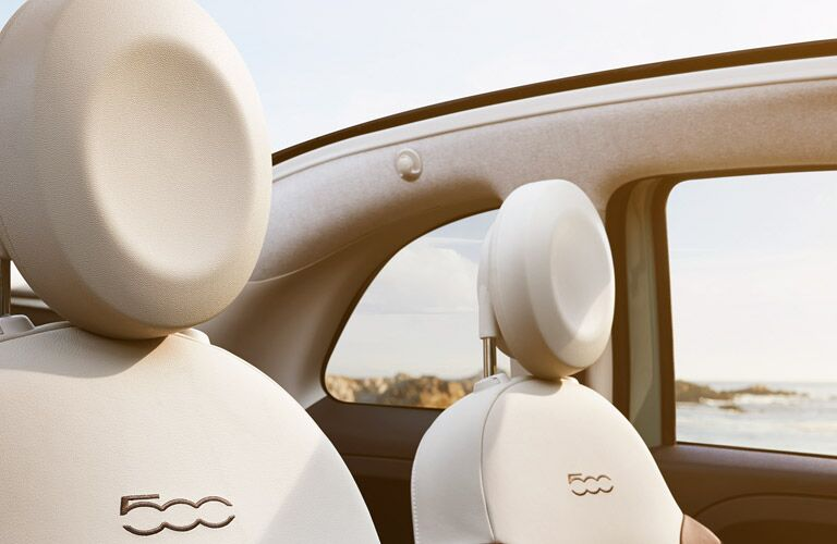 2017 Fiat 500 Round headrests