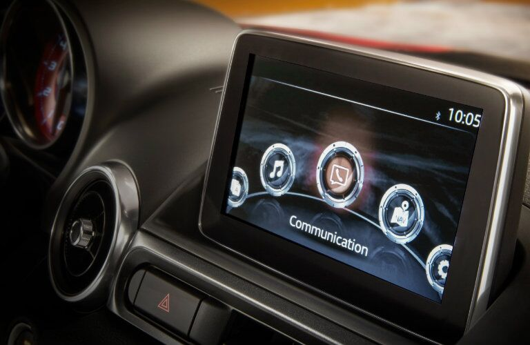 2017 Fiat 124 Spider Infotainment Apps