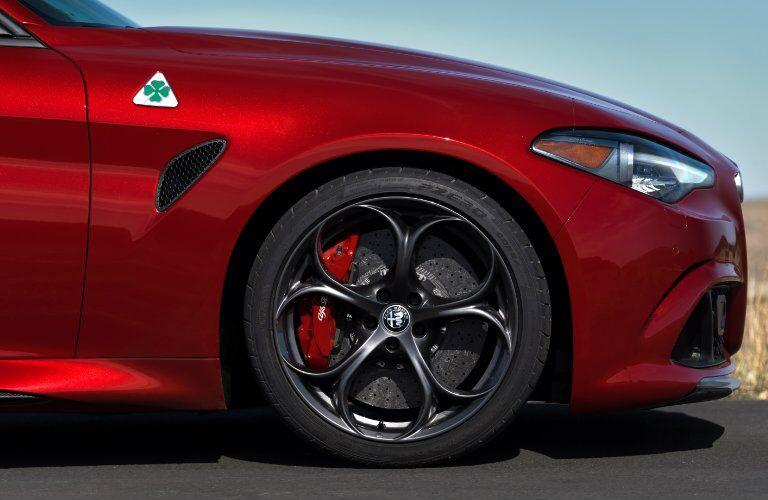 2017 Alfa Romeo Giulia clover detail