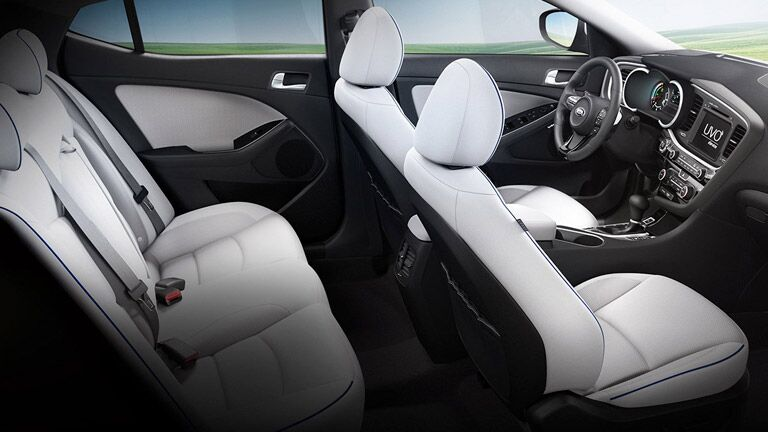 Kia Optima Hybrid interior comfort features tech