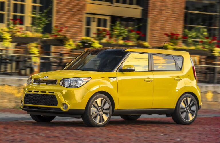 2016 Kia Soul Yellow Front