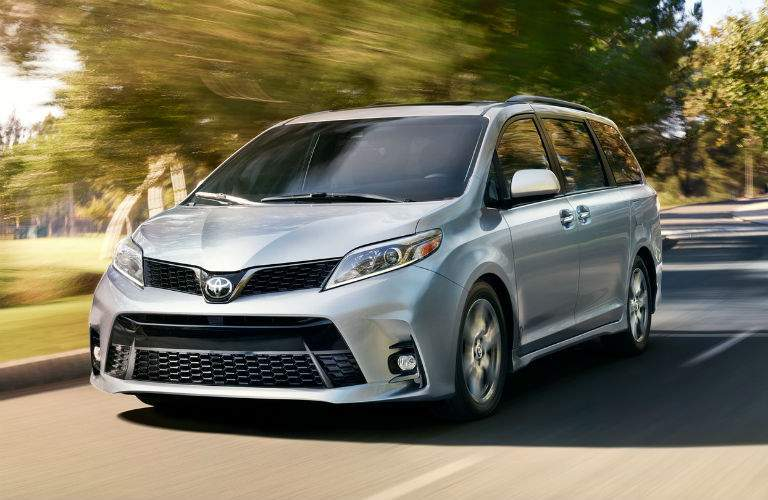 2018 Toyota Sienna Exterior Front Driver Side