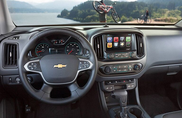 Dashboard view of the 2016 Chevy Colorado
