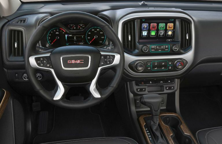 steering wheel and dashboard view of the 2017 GMC Canyon Winnipeg, MB