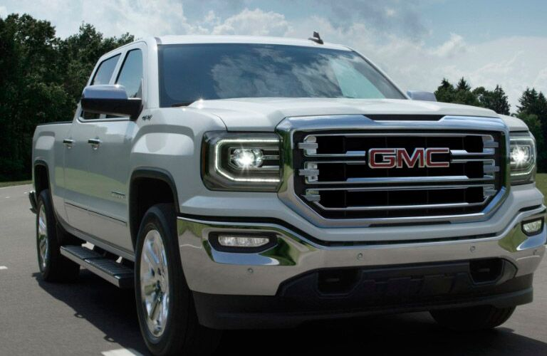 2017 GMC Sierra looking bold and confident Winnipeg, MB