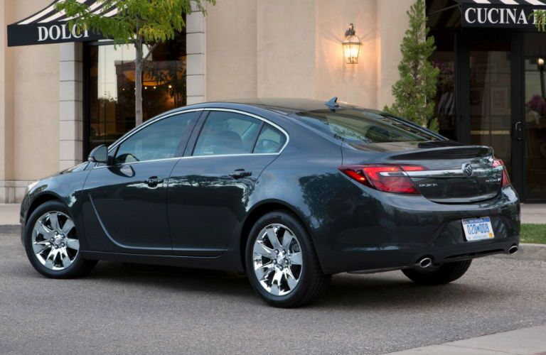 Buick Regal model research and reviews