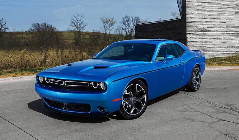 Dodge Challenger model research and reviews