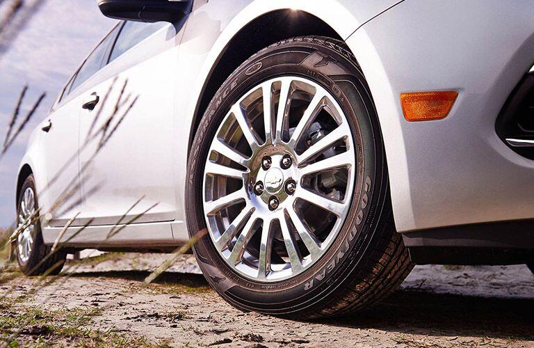 2016 Chevy Cruze wheelbase interior space