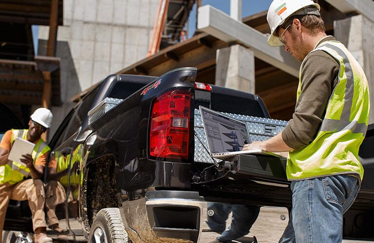 Working with the truck bed of the 2016 Chevy Silverado 2500hd
