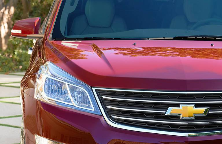 2016 Chevy Traverse Alexandria MN front view with bow tie