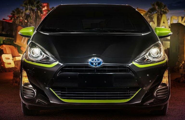 2016 Toyota Prius C Persona Series Front Exterior Style