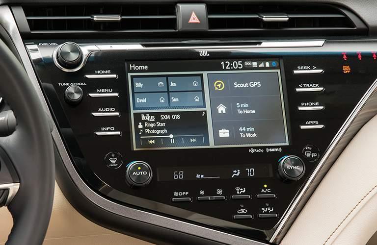 2018 Toyota Camry Hybrid infotainment screen