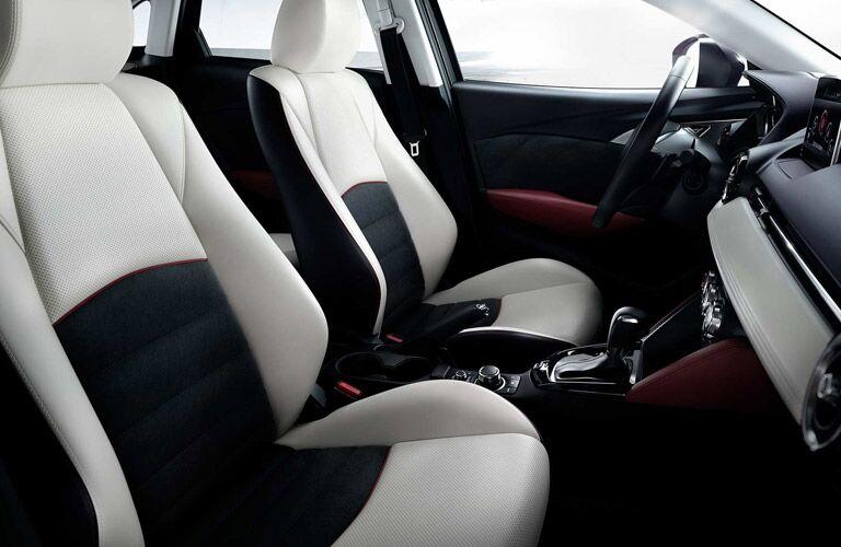 2018 Mazda CX-3 two-tone interior white black