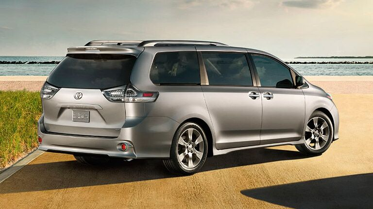 Test Drive Toyota Sienna Bloomington IN