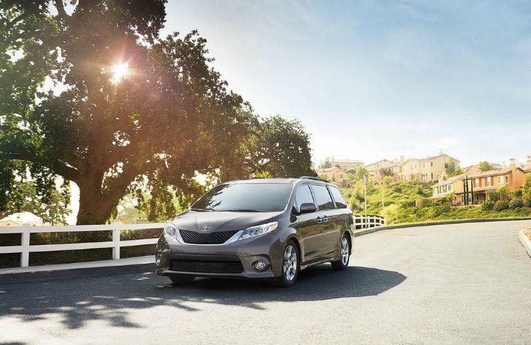 2015 Toyota Sienna exterior performance capabilities