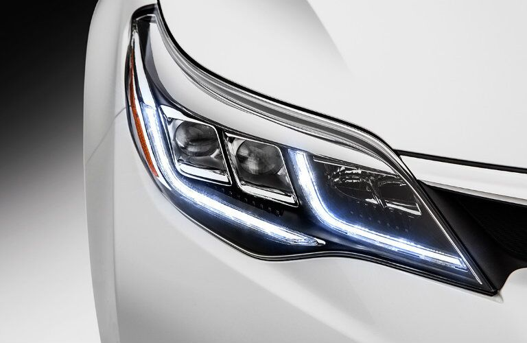 2016 Toyota Avalon Vacaville CA front headlights turn signal