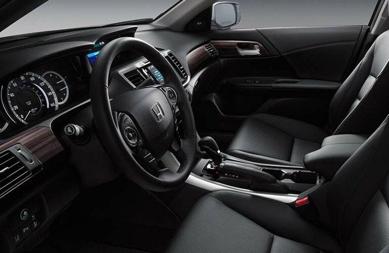 2016 Honda Accord vs 2016 Mazda6 standard features