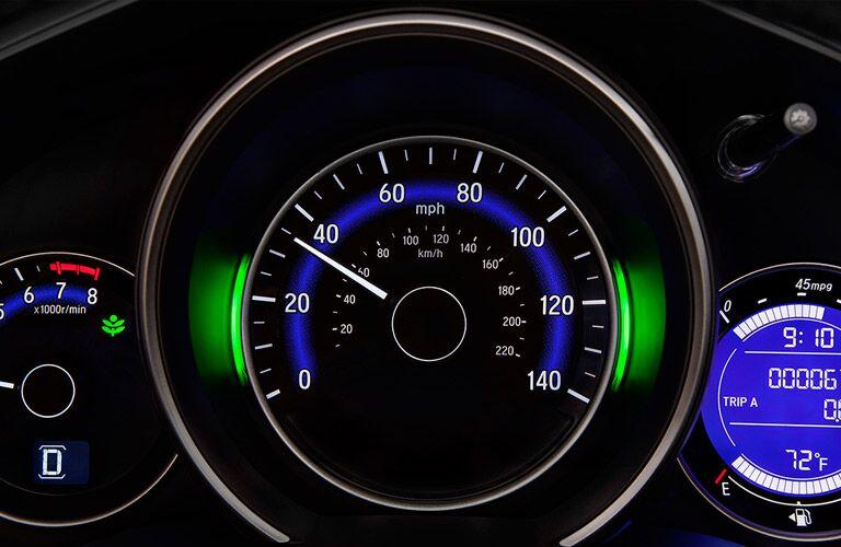 2016 Honda Fit vs 2016 Kia Rio gas mileage