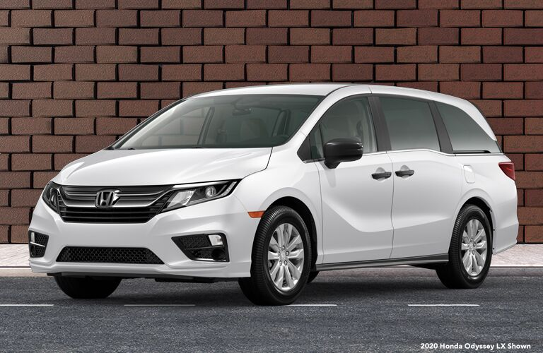 2020 Honda Odyssey parked in front of a brick building
