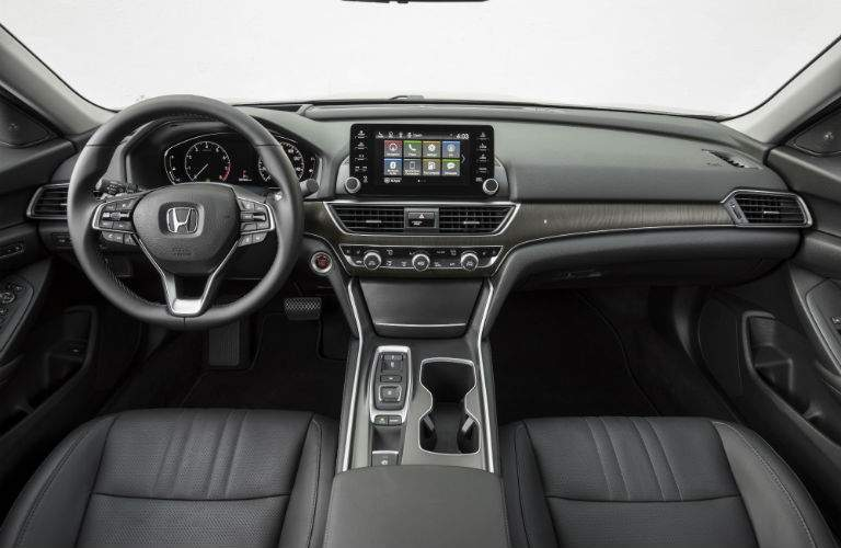 An interior photo showing the dashboard of the 2018 Honda Accord