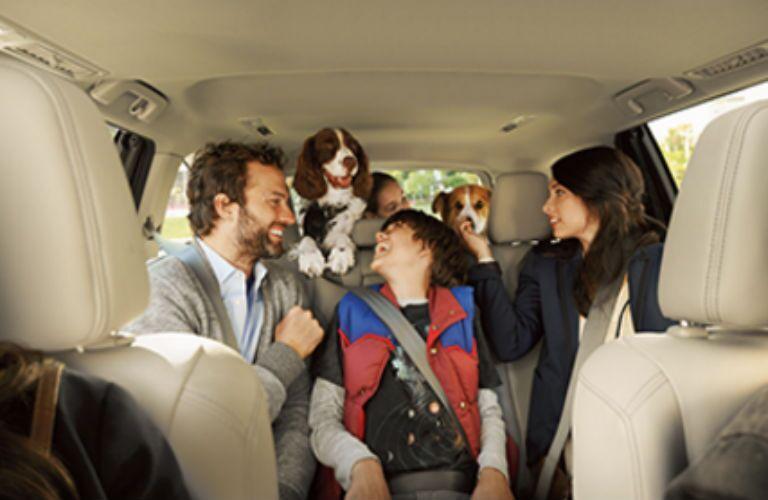 2016 Toyota Highlander Hybrid seating capacity