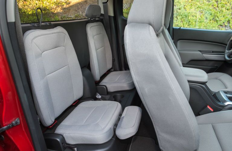can I fit two child seats in the back seat of a chevy colorado