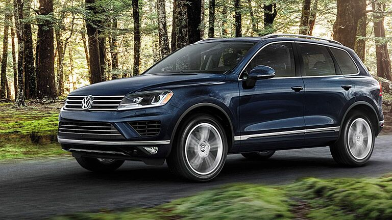 2016 VW Touareg in Forest